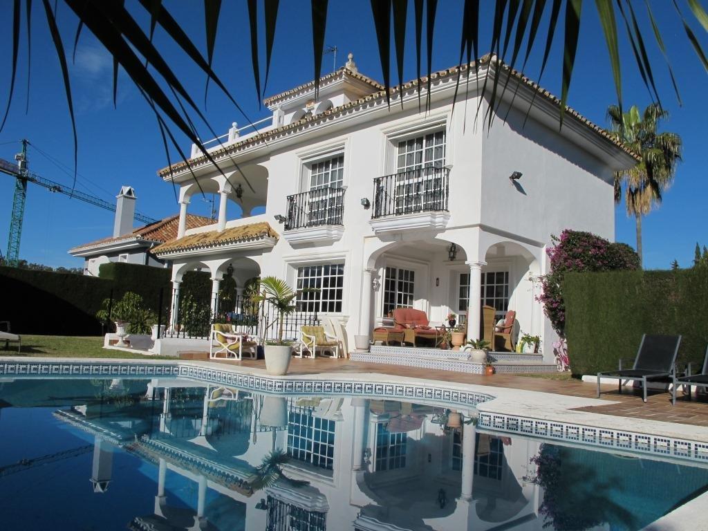 aaa4 Комнатный Дом в Nueva Andalucia, Marbella | M250839