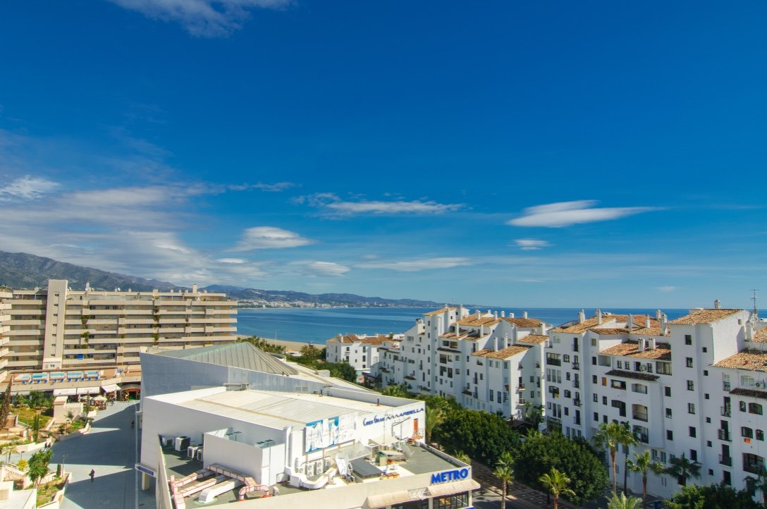 aaa2 bedroom Apartment in Puerto Banus, Marbella | M154253