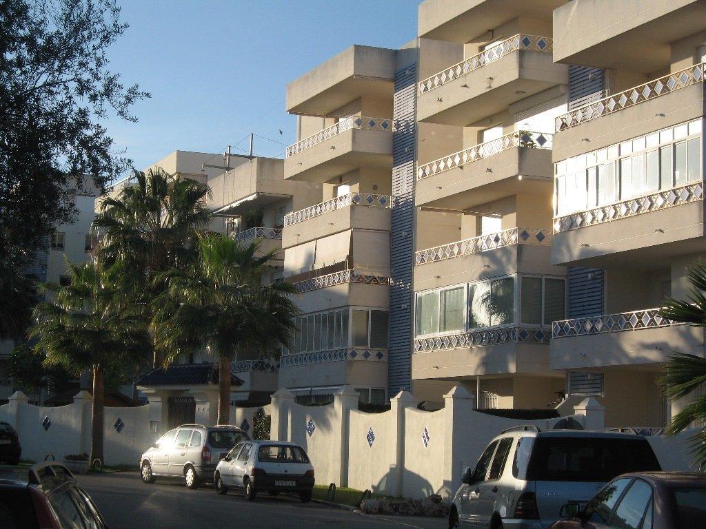 aaa3 Комнатная Квартира в Las Chapas, Marbella | M158994