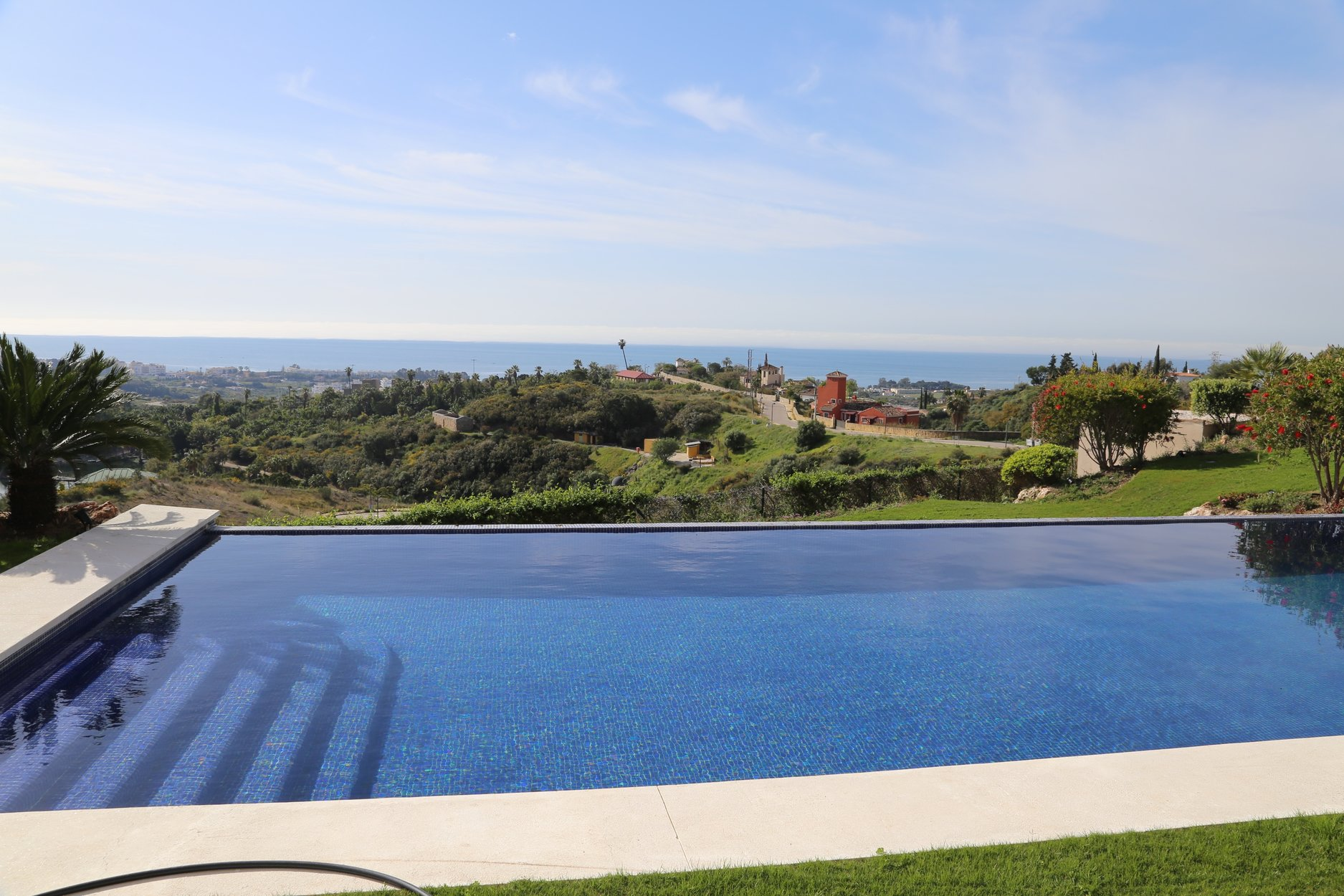 aaa5 bedroom Villa in New Golden Mile, Estepona | M277151
