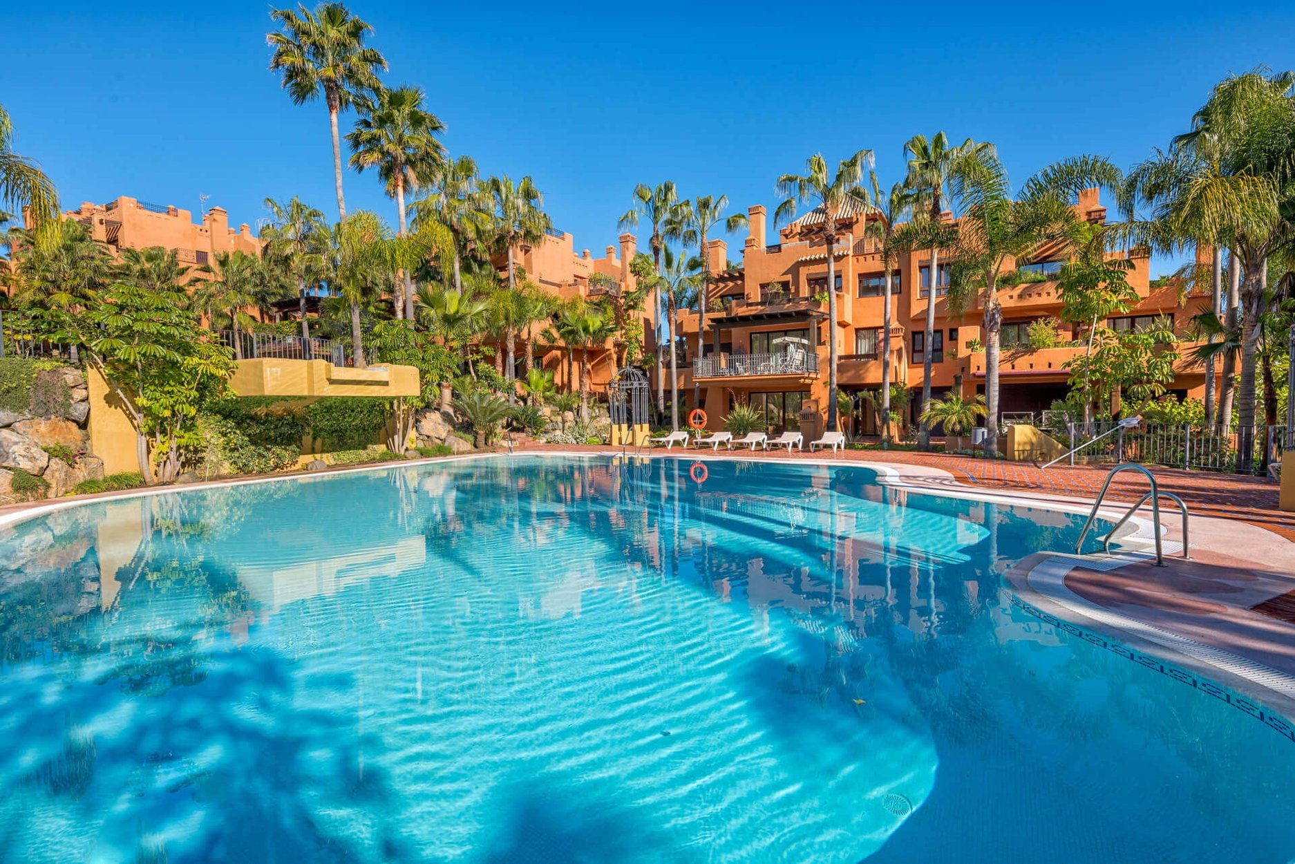 aaa3 Комнатная Квартира в Nueva Andalucia, Marbella | M159004