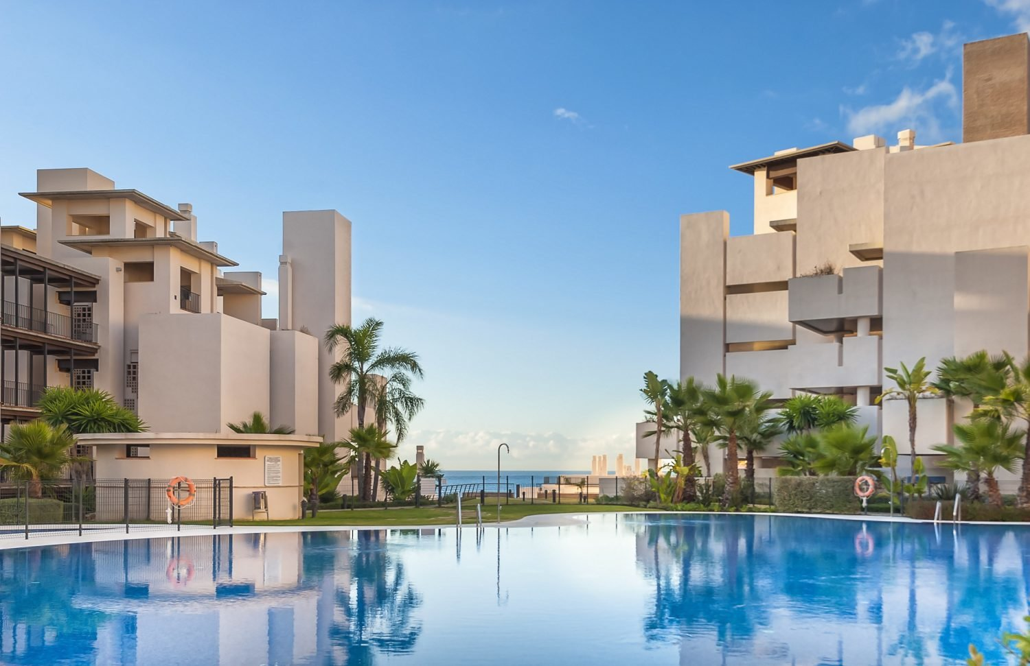 aaa1 bedroom Apartment in New Golden Mile, Estepona | M196593