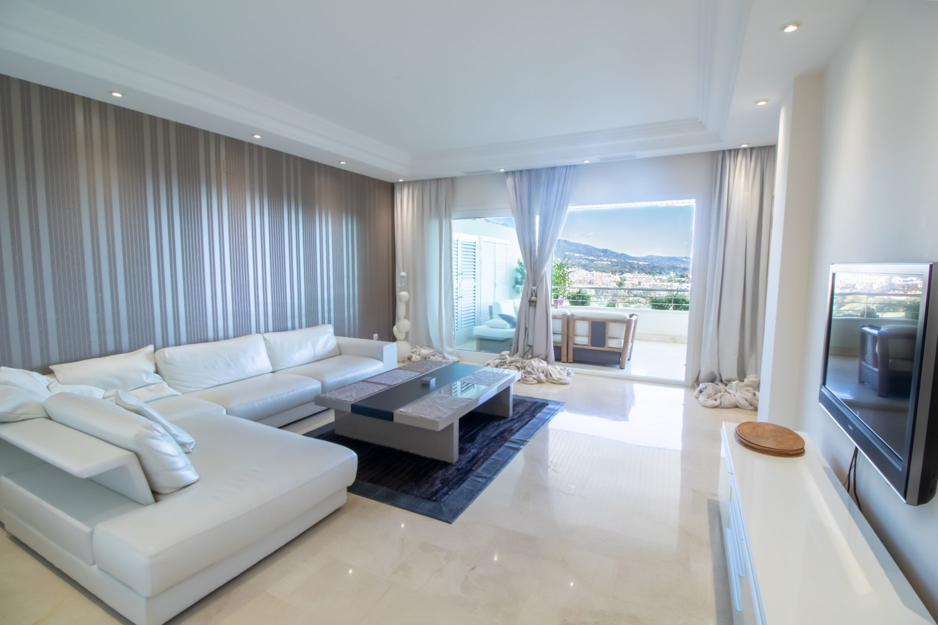 aaa2 bedroom Apartment in Nueva Andalucia, Marbella | M370167