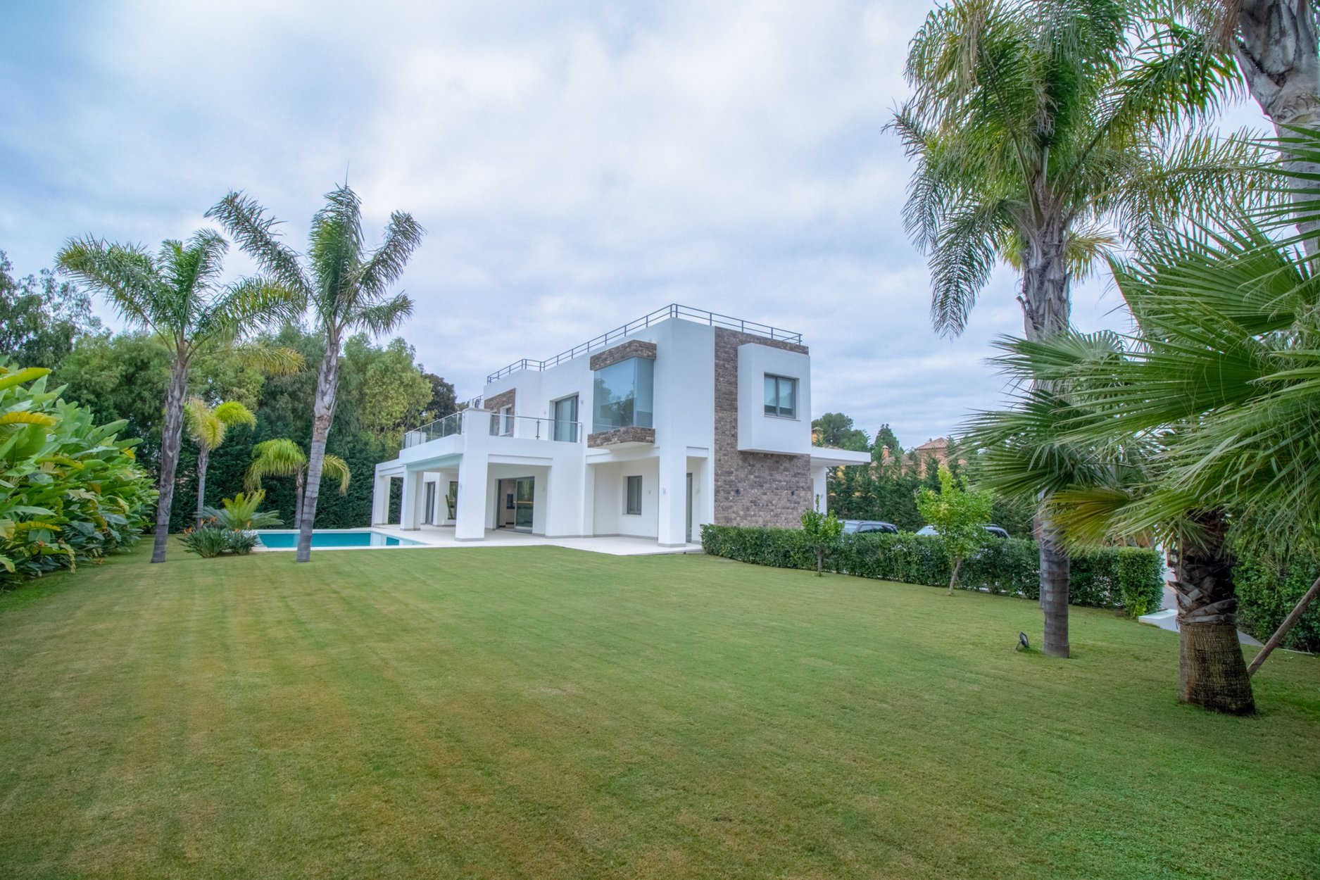 aaa5 bedroom Villa in Atalaya, Estepona | M367230