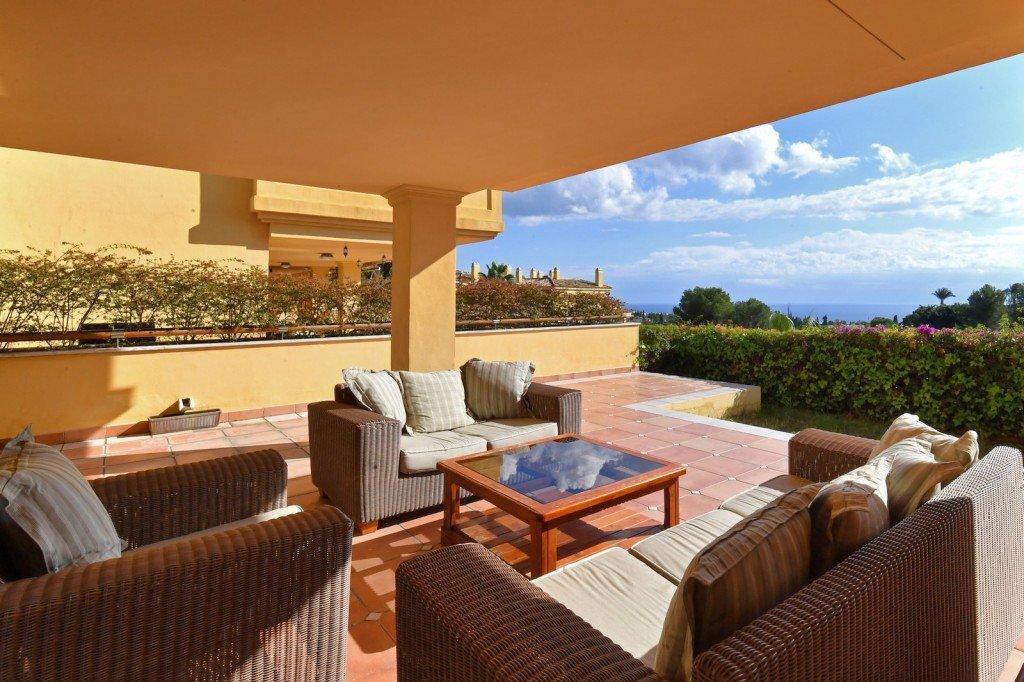 Apartment for sale in Marbella, Sierra Blanca