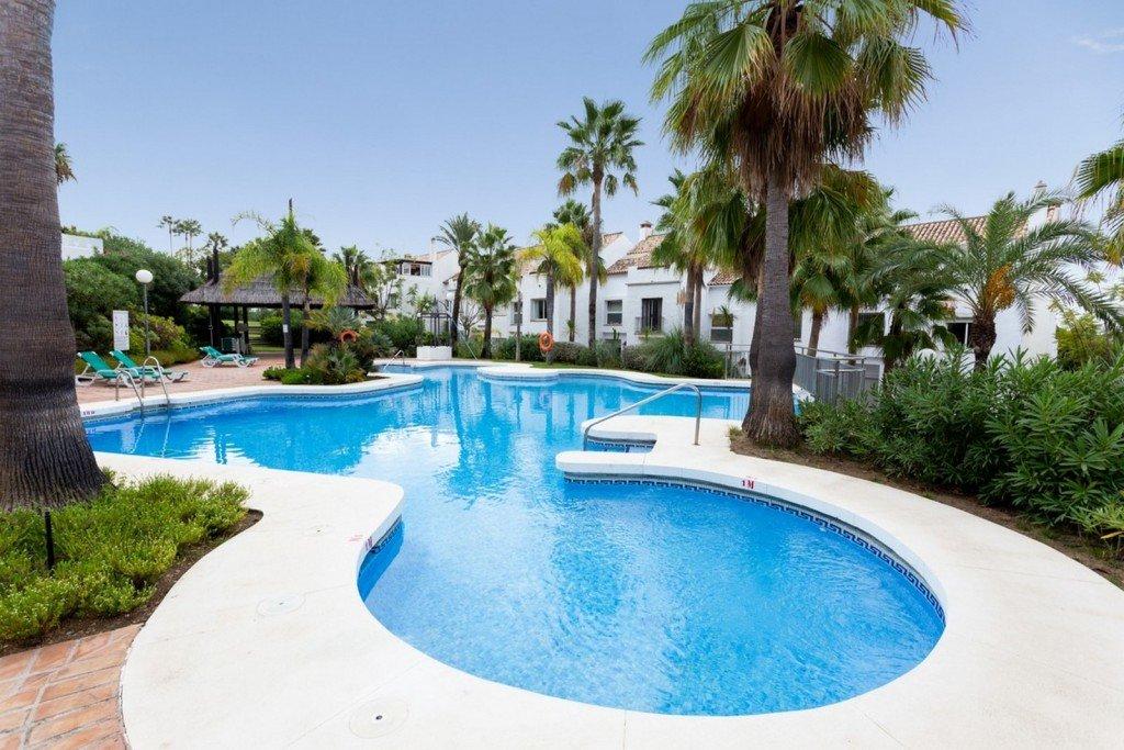 Town house te koop in Marbella Golden Mile