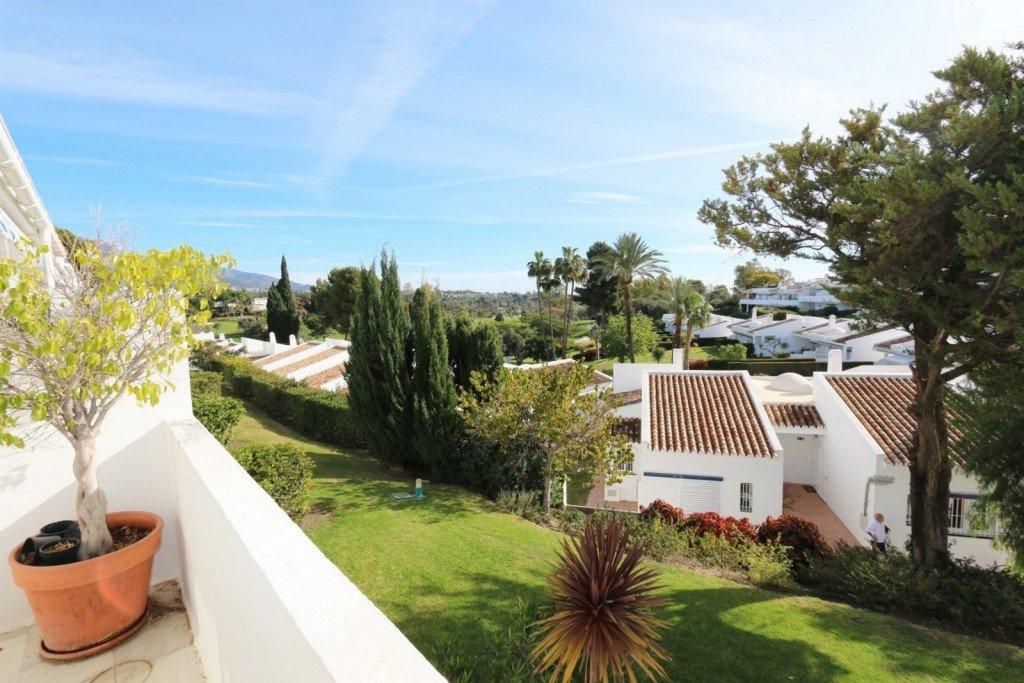 Penthouse te koop in Nueva Andalucia