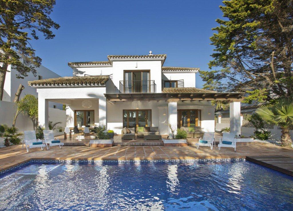 Villa till salu i Marbella, Marbesa