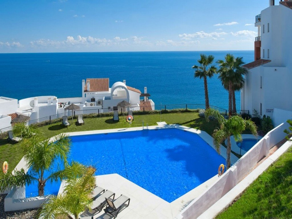 Apartment for sale in Torrox Costa