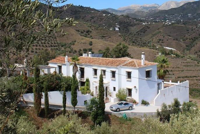 Villa te koop in Torrox
