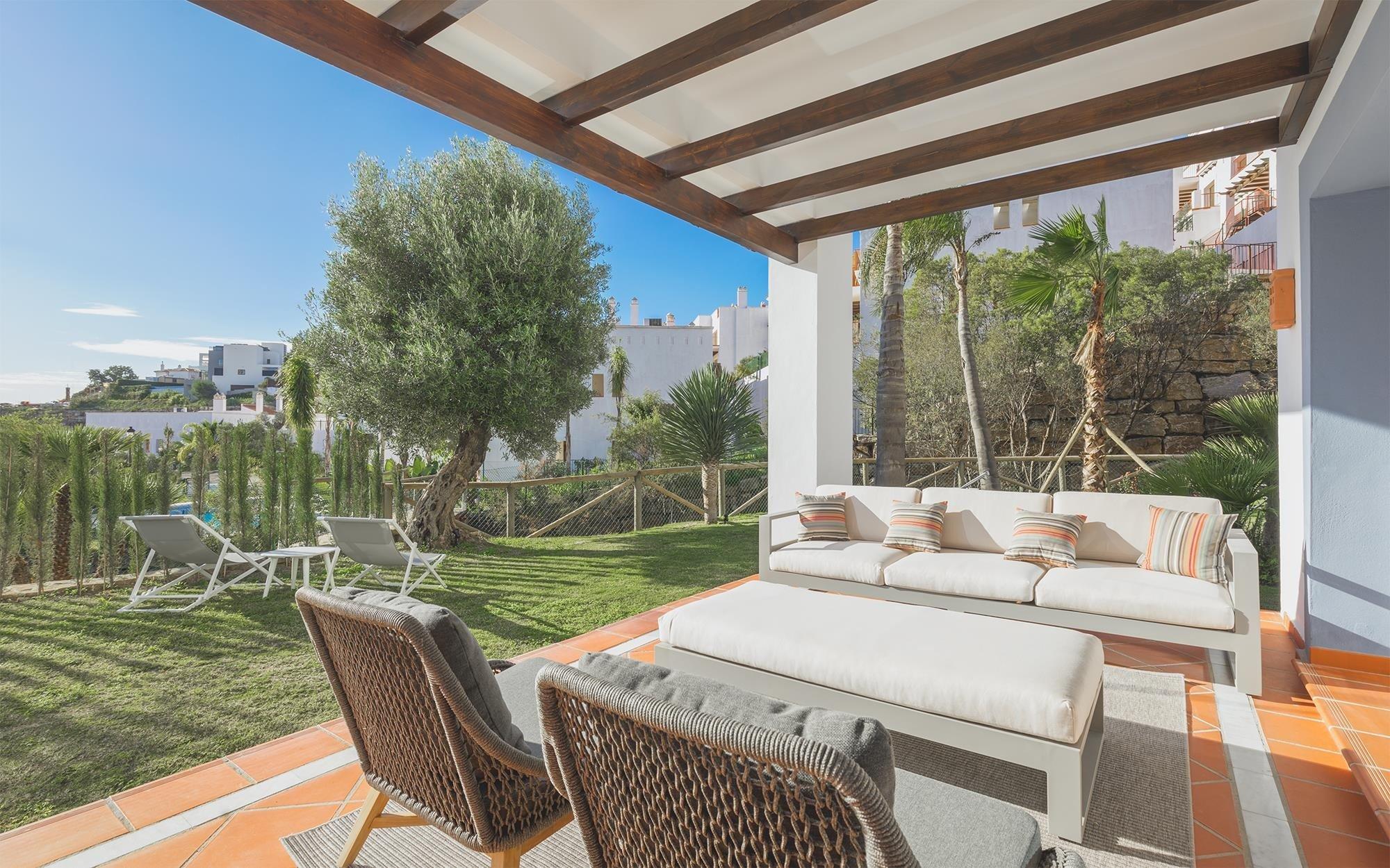 Apartment te koop in Benahavis, El Paraiso Alto