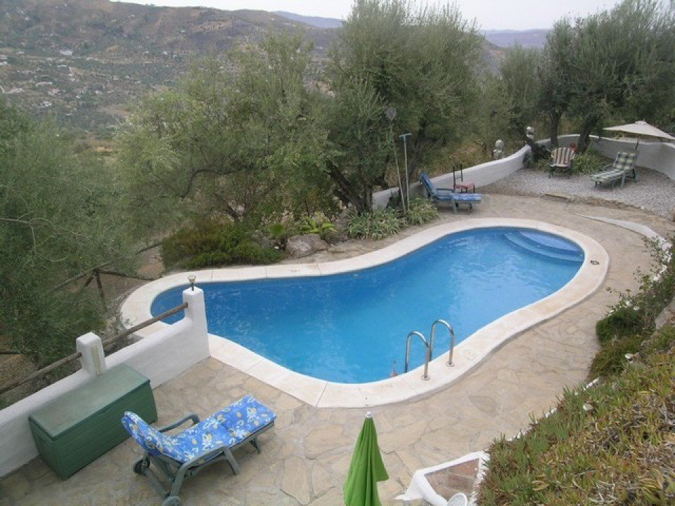 Villa for sale in Alcaucin