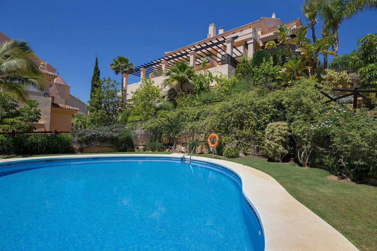Apartment for sale in Marbella, Albatross Hill