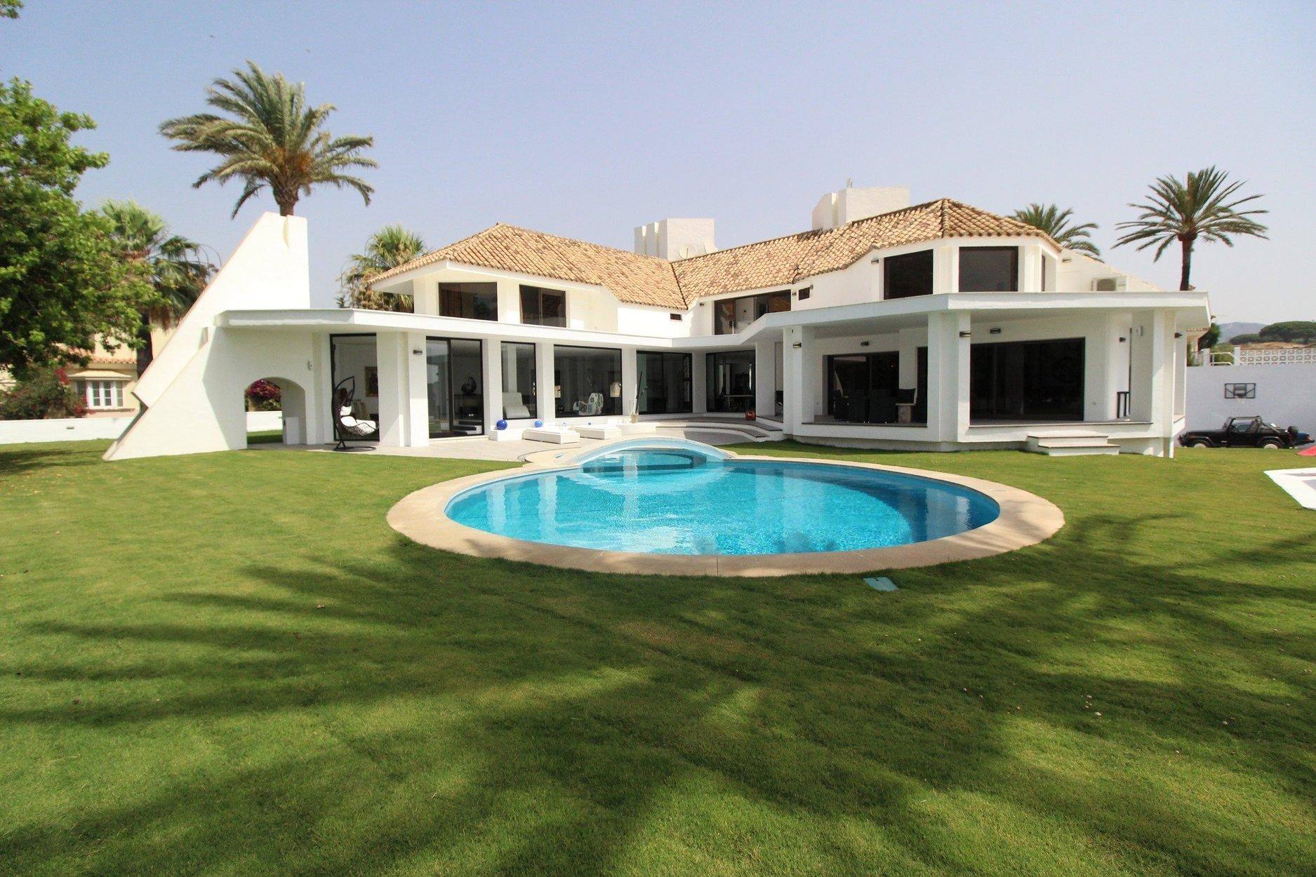 Villa for rent in Marbella, Las Chapas