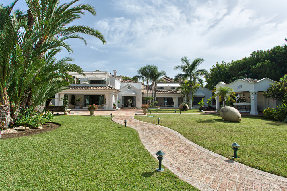 Villa for sale in San Pedro Alcantara