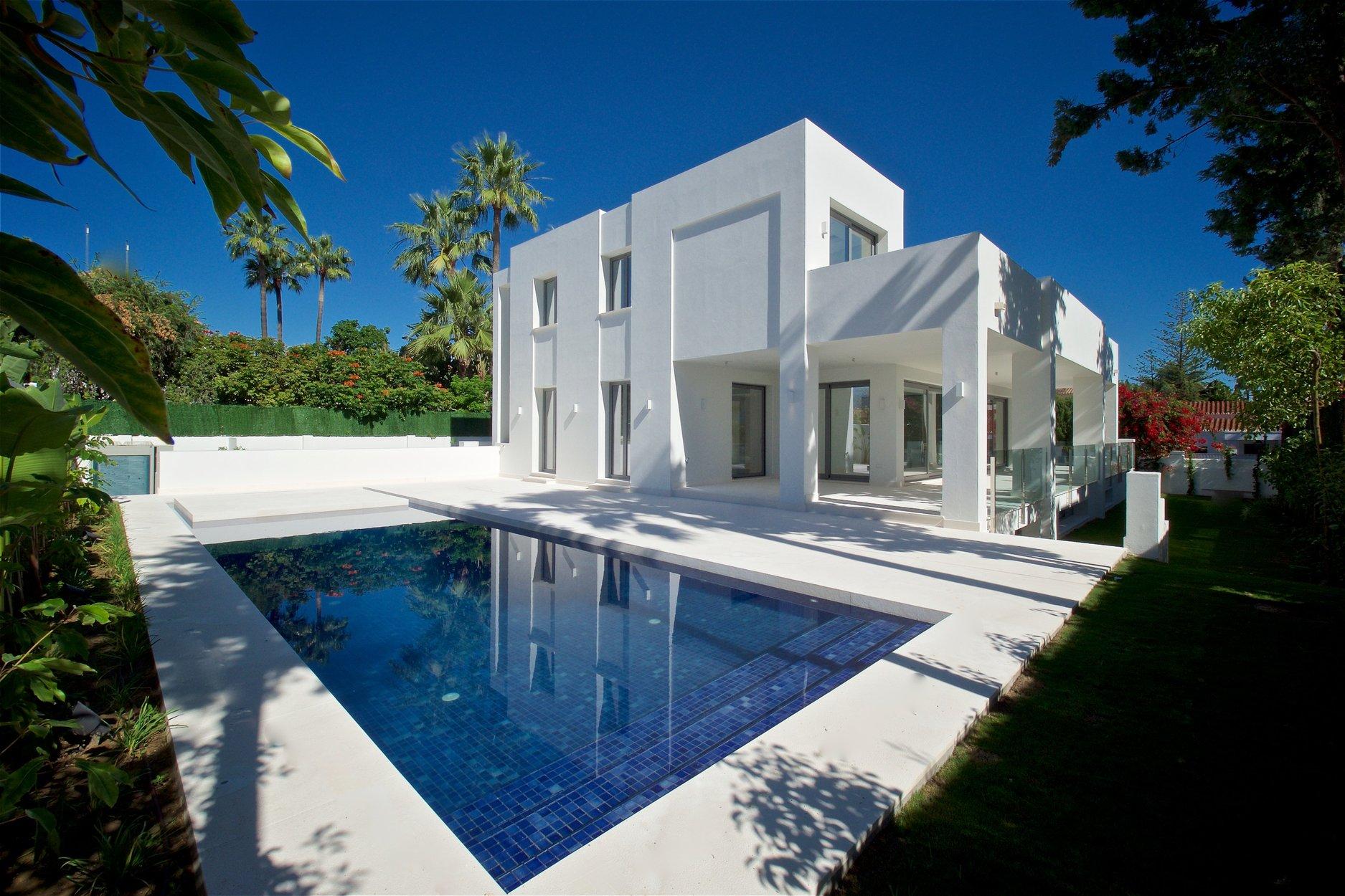 Villa for sale in San Pedro Alcantara