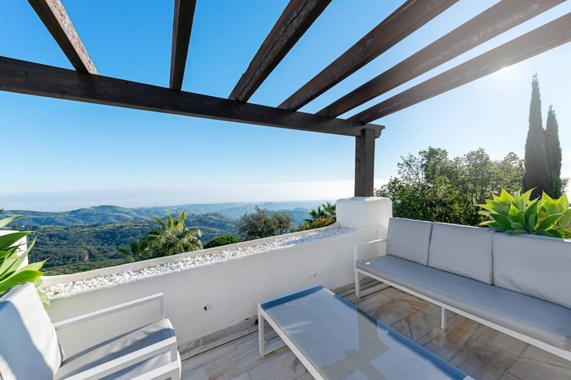 Penthouse for sale in Elviria