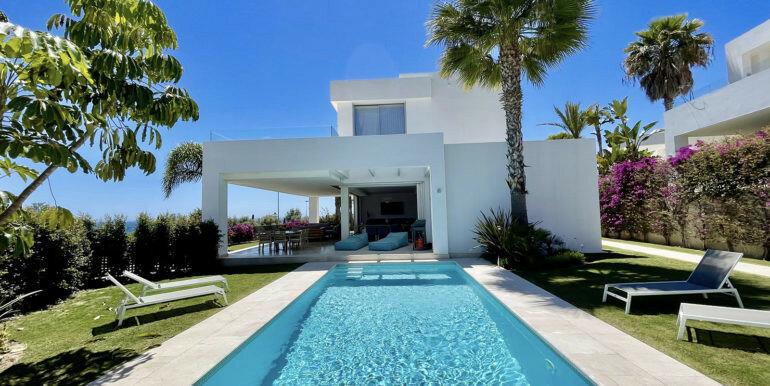 Villa for sale in Marbella, Rio Real