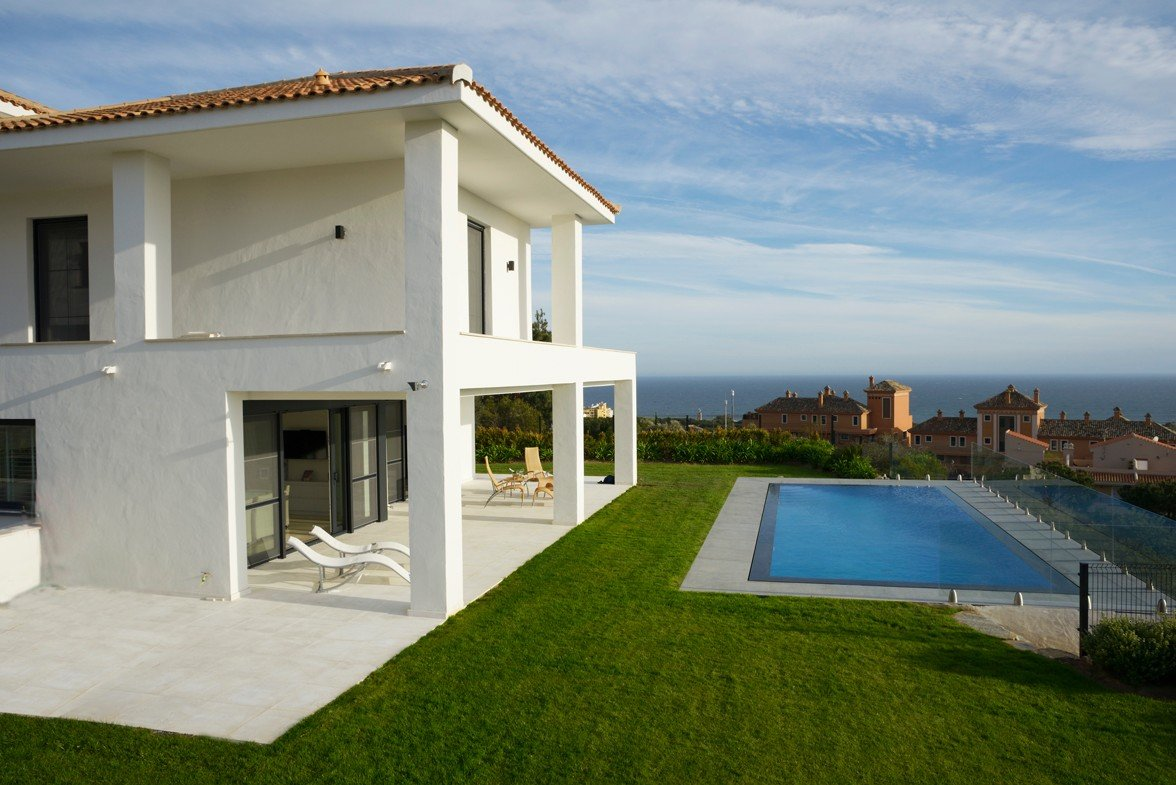 Villa for sale in Marbella, Cabopino