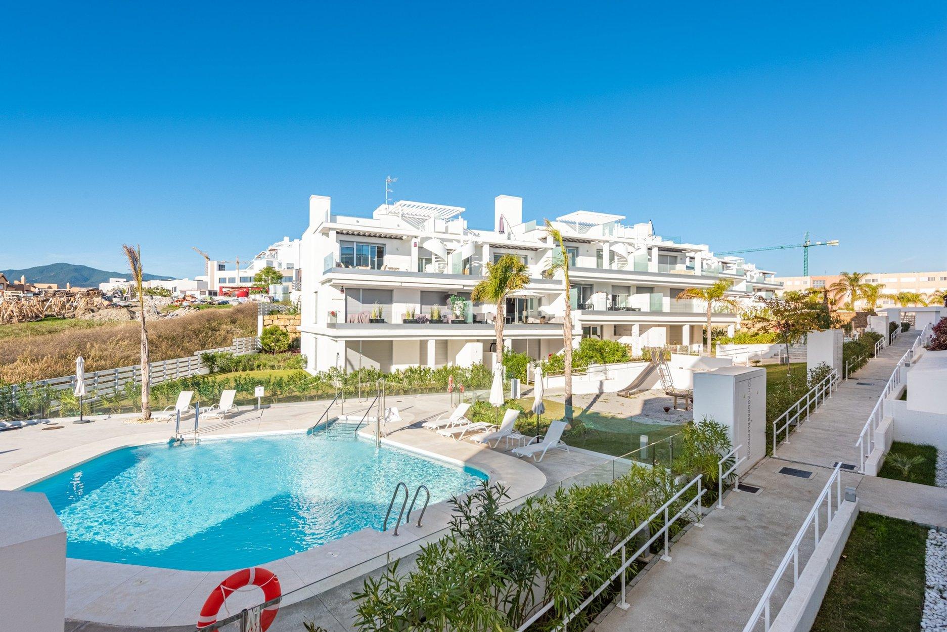 Apartment for sale in Estepona, Le Mirage