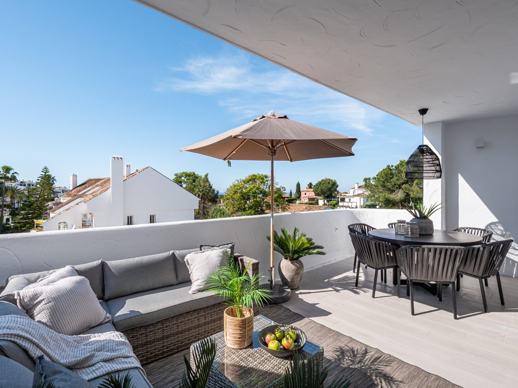 Apartment for sale in Marbella, Nueva Andalucia