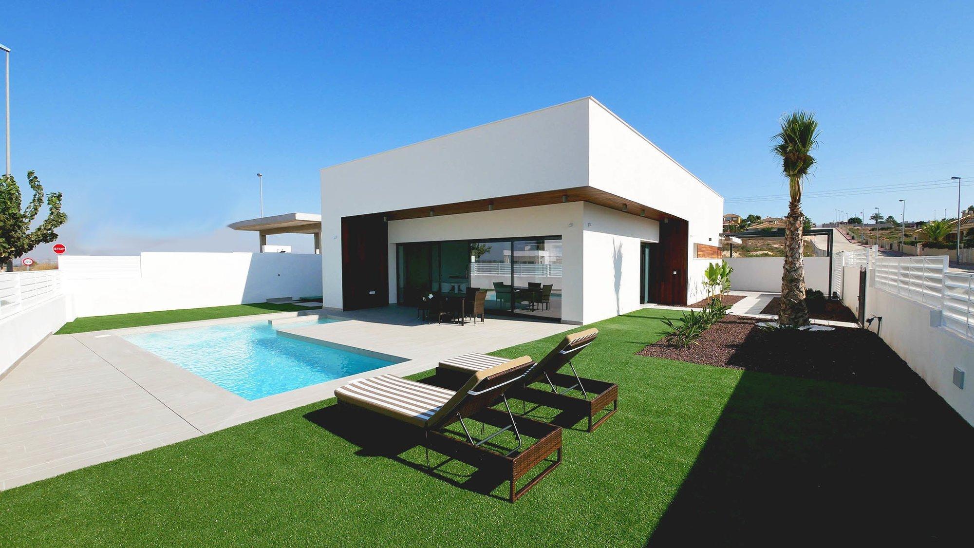 Villa for sale in Elche, La Marina