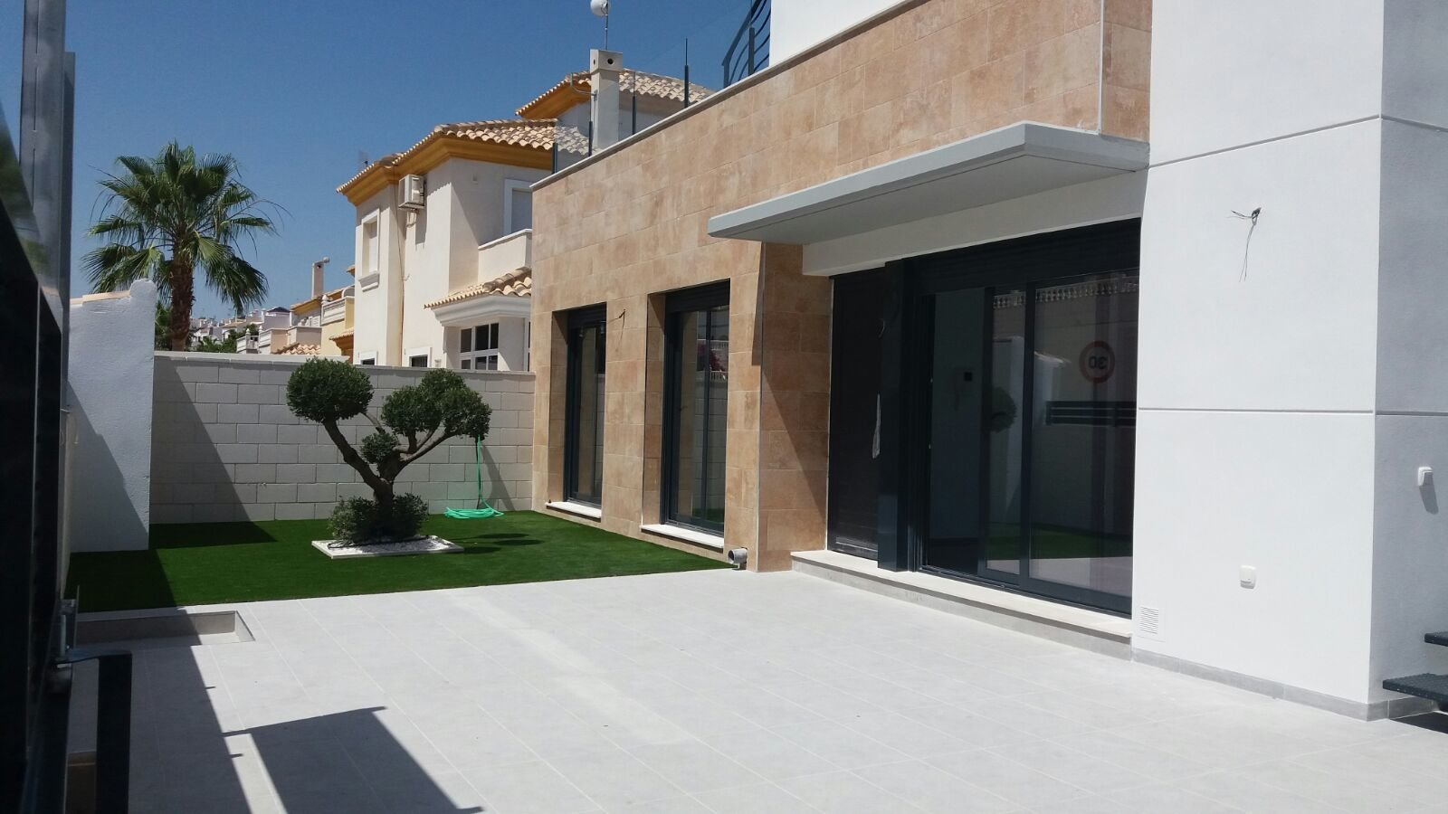 Villa for sale in Villamartin