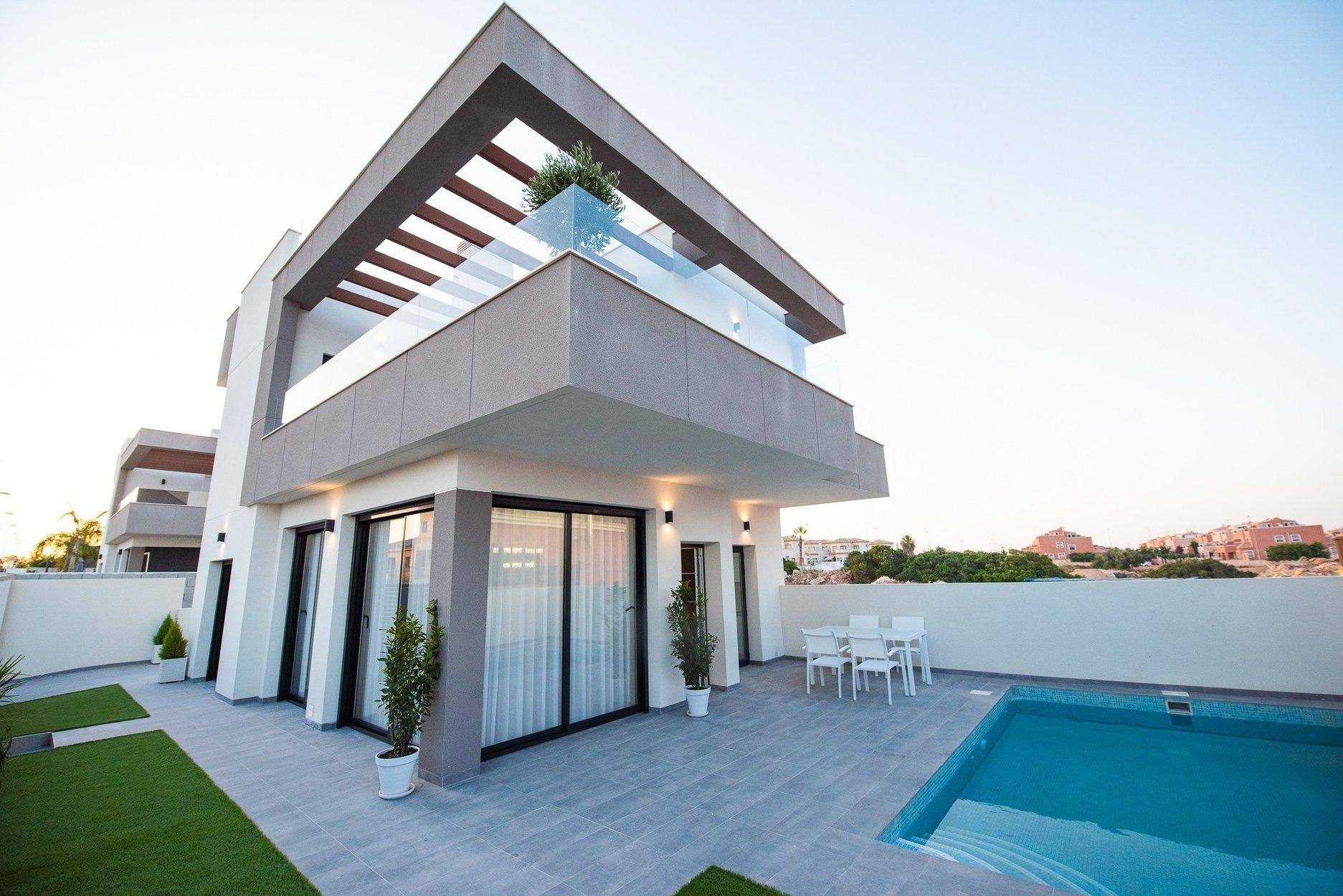 Villa for sale in Los Montesinos