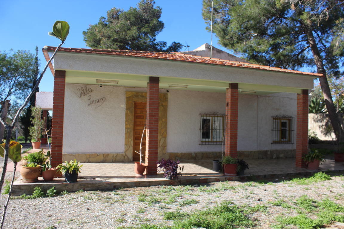 Country house for sale in San Vicente del Raspeig