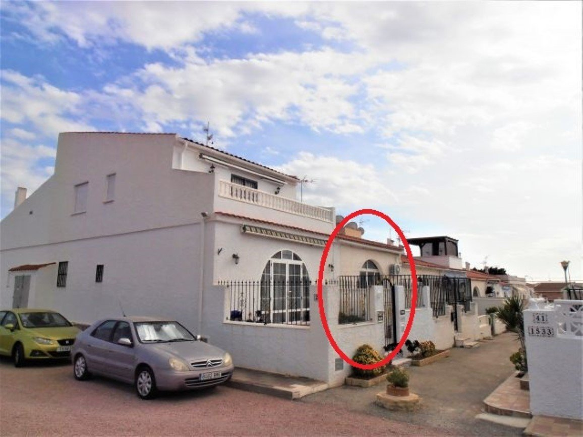 Villa for sale in Torrevieja - Costa Blanca