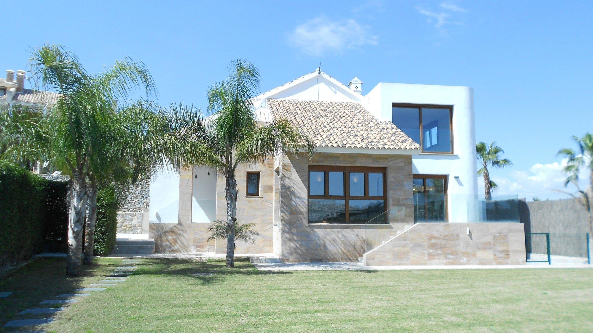 Villa for sale in Algorfa