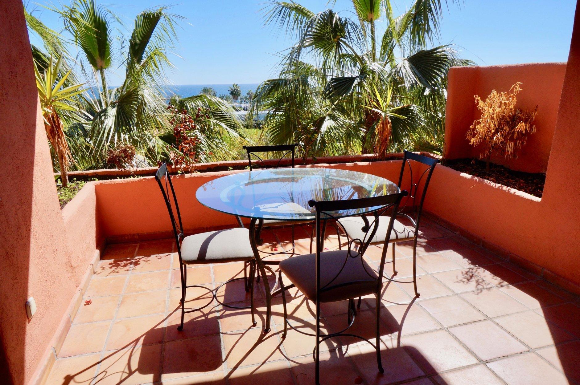 Apartment te huur in Marbella, Oasis de Marbella