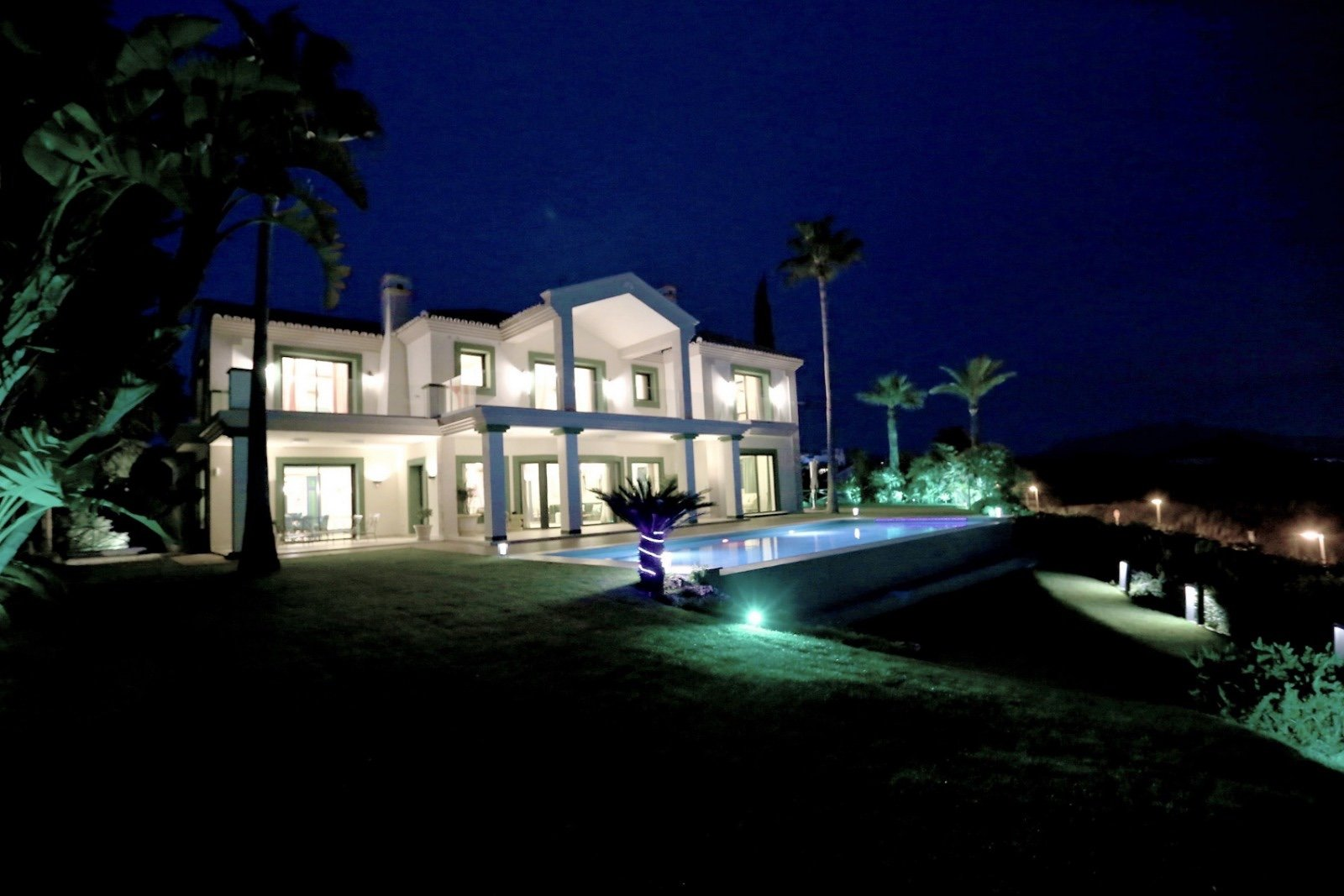 Villa for rent in Estepona, New Golden Mile