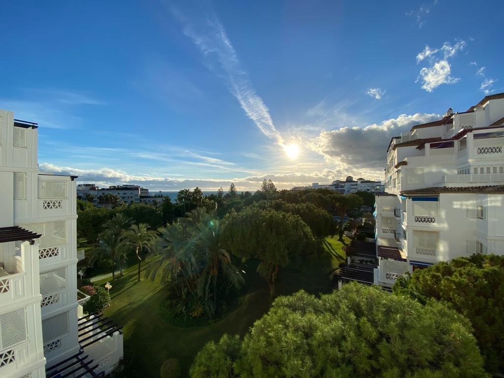 Apartment à louer à Marbella, Playas del Duque