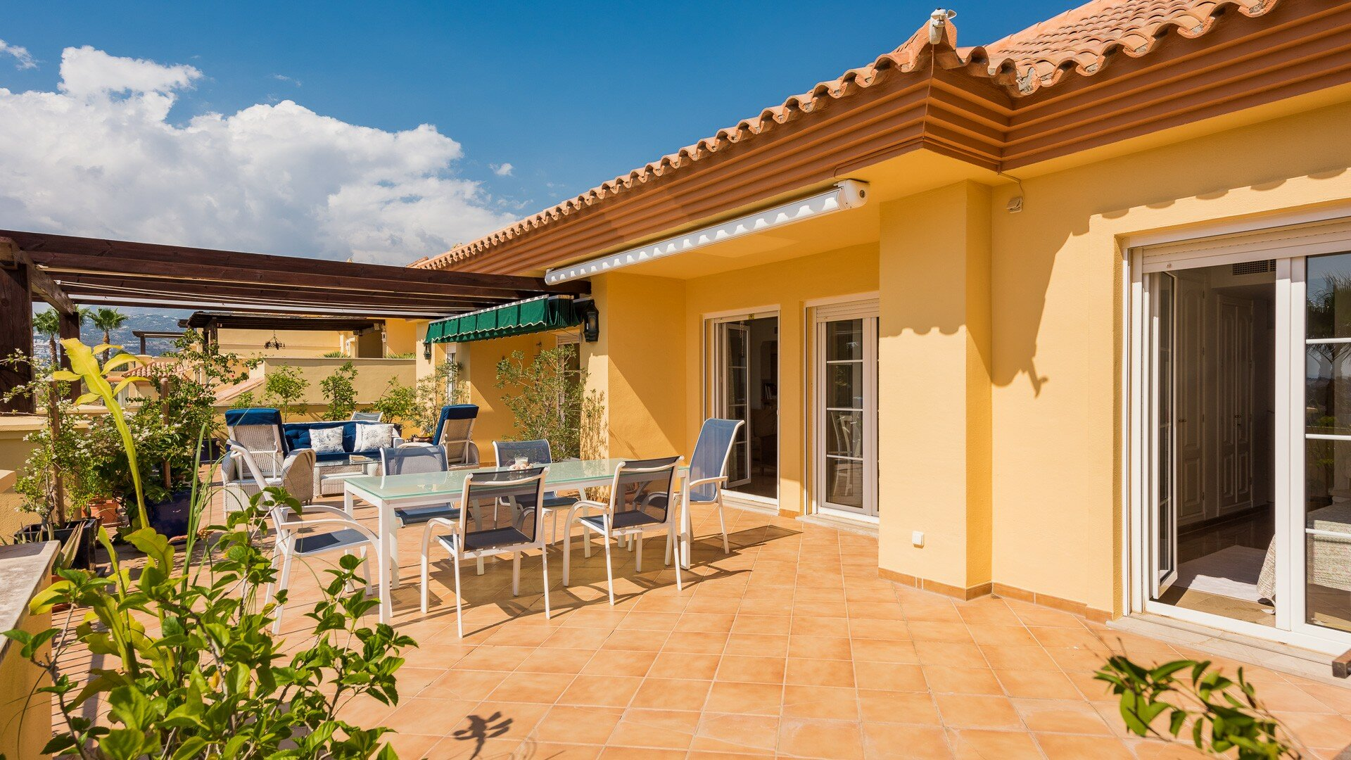 Penthouse for sale in Marbella, Cumbres del Rodeo