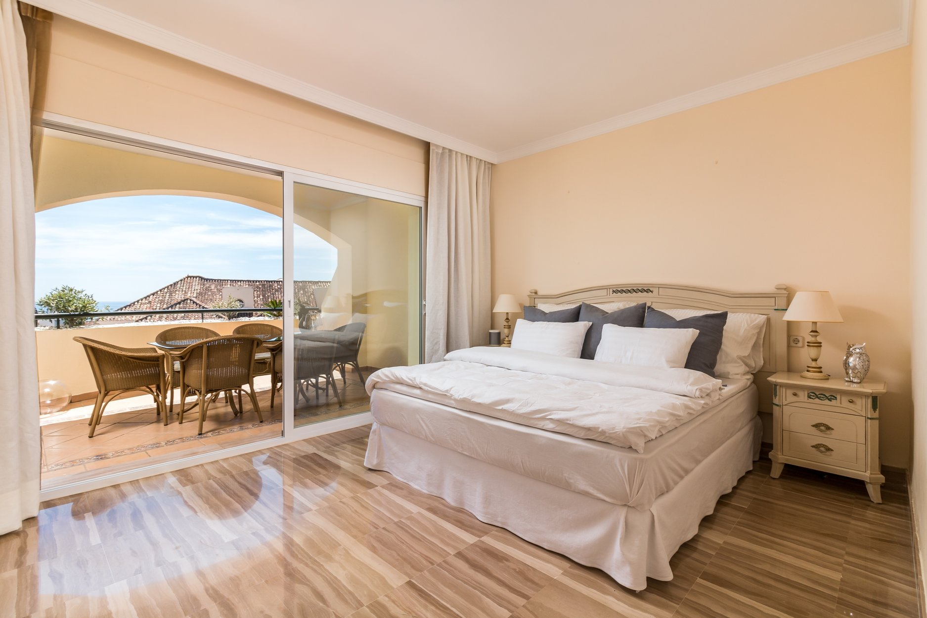 Penthouse For Sale In Marbella Vista Hermosa
