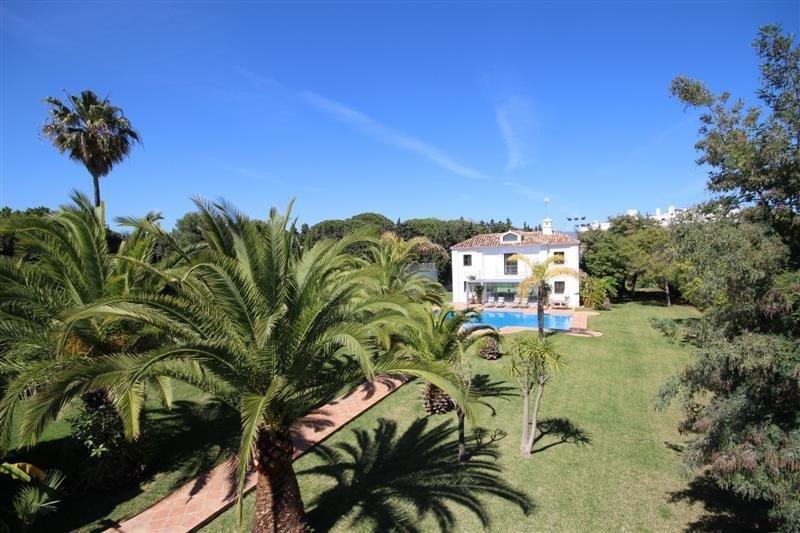 Villa for rent in Marbella, Aloha Hill Club