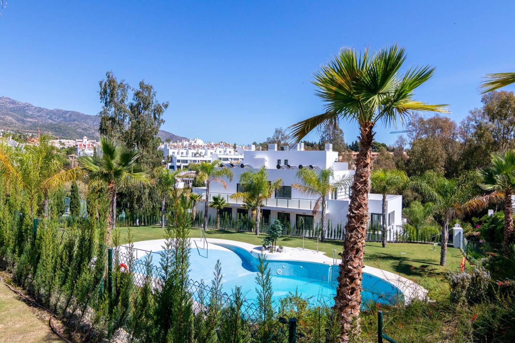 Penthouse for rent in Marbella, Marbella Golden Mile