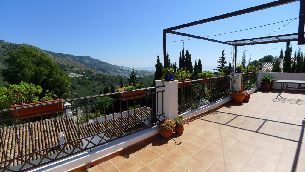 Villa for sale in Frigiliana