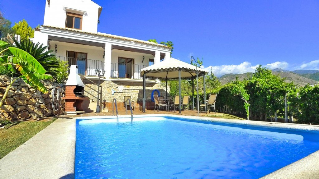 Villa for sale in Nerja