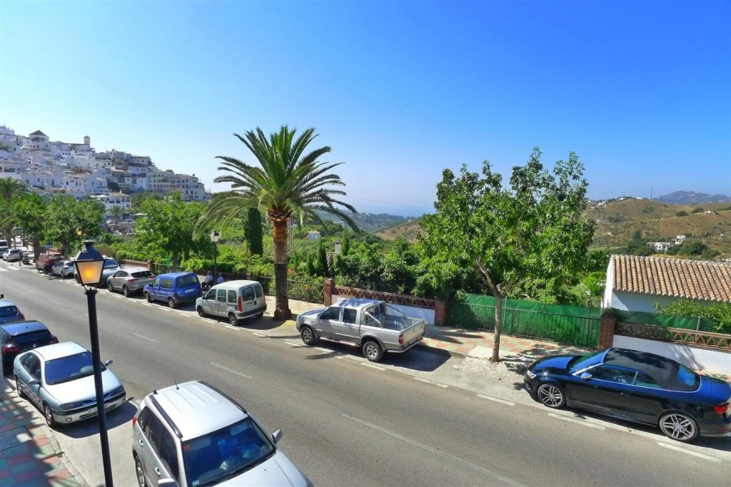 2-bed- apartment for Sale in Frigiliana