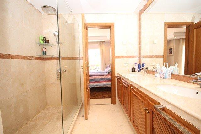 Villa For Sale in Costalita, Cancelada, Estepona