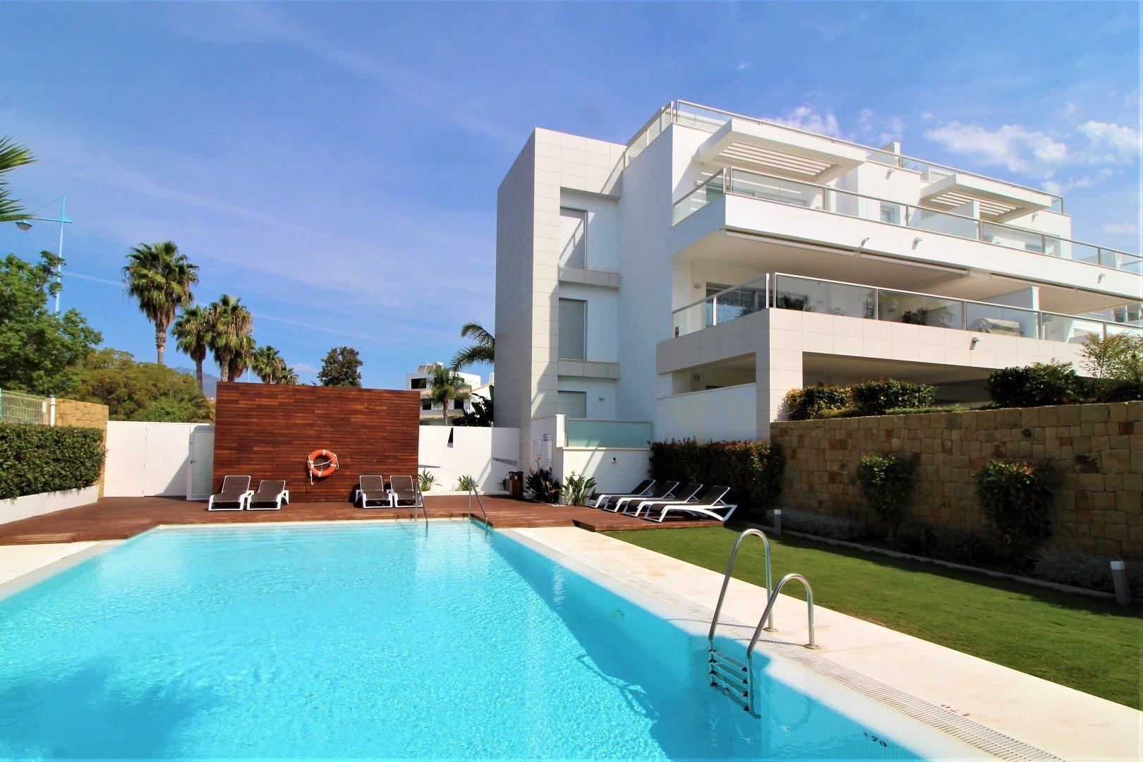 Penthouse te huur in San Pedro Alcantara, Jade Beach