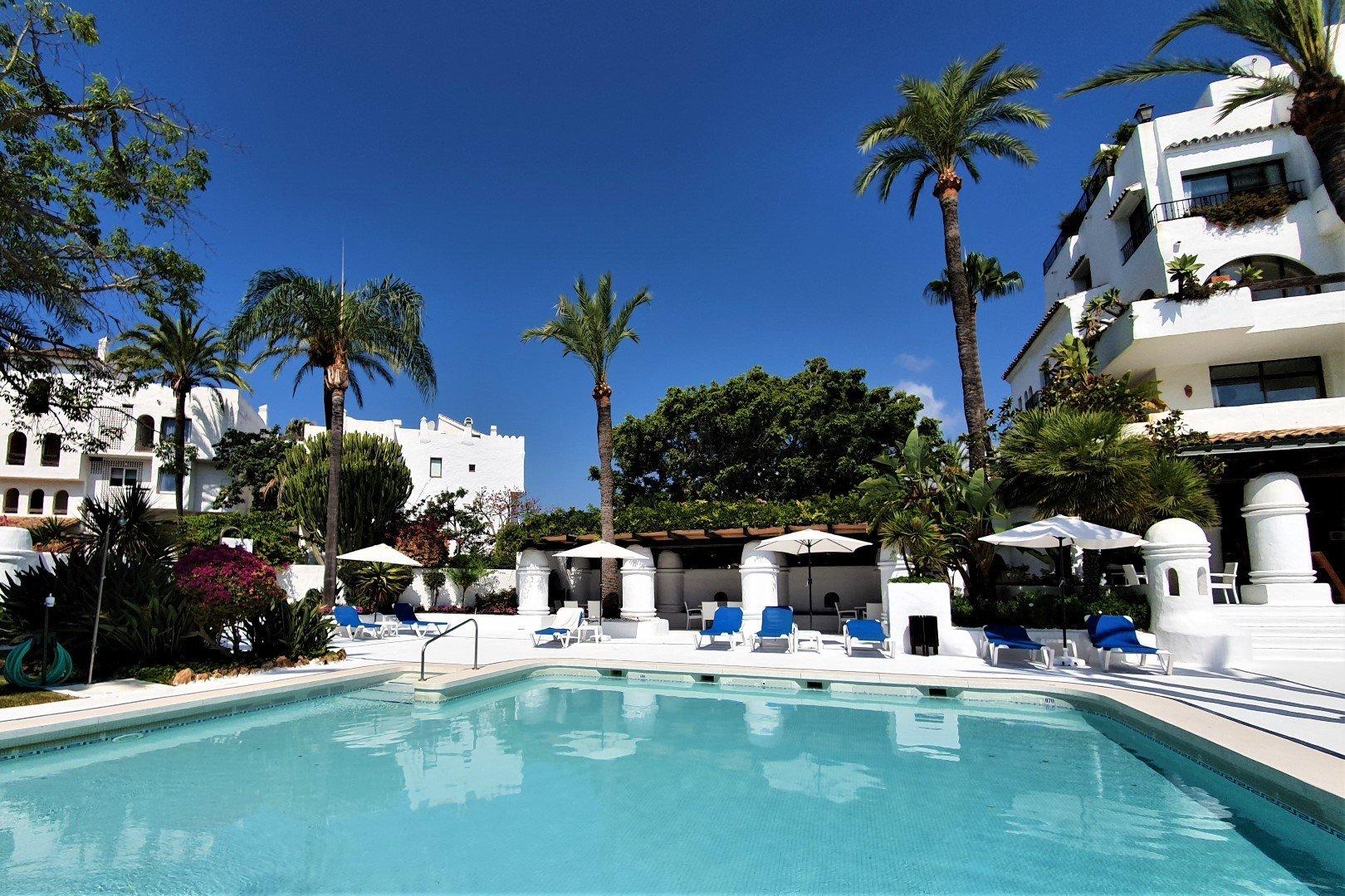Apartment att hyra i Marbella, La Isla