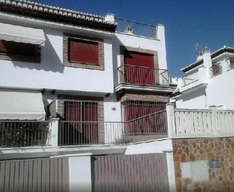 Maison mitoyenne en vente à Granada