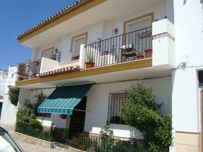 Townhouse for sale in Ronda