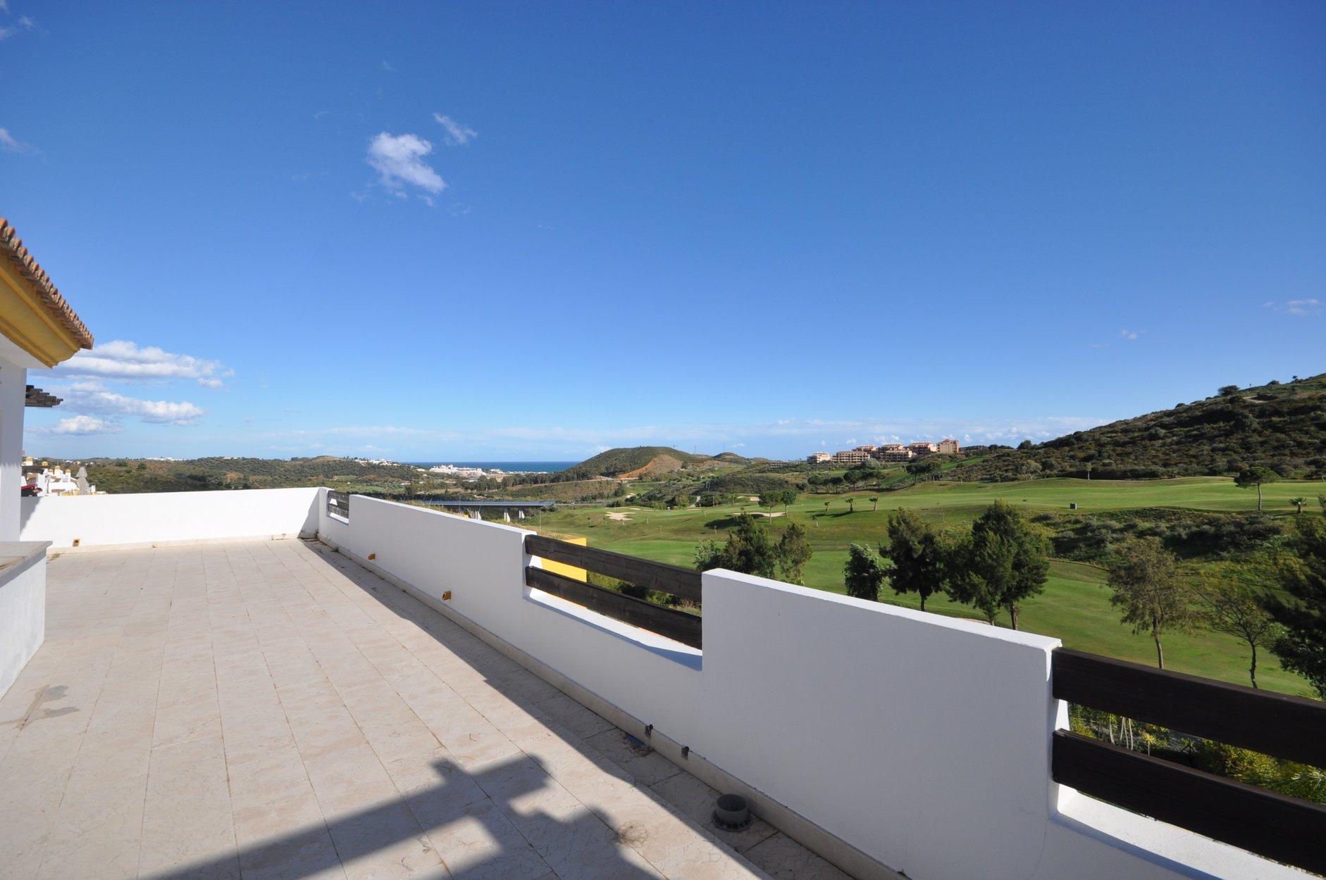 Penthouse for sale in Mijas, Calanova Golf Club