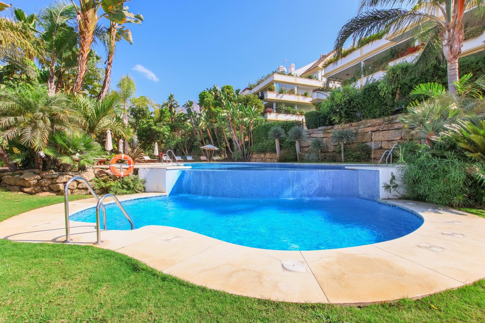 Apartment for sale in Marbella, Lomas del Rey