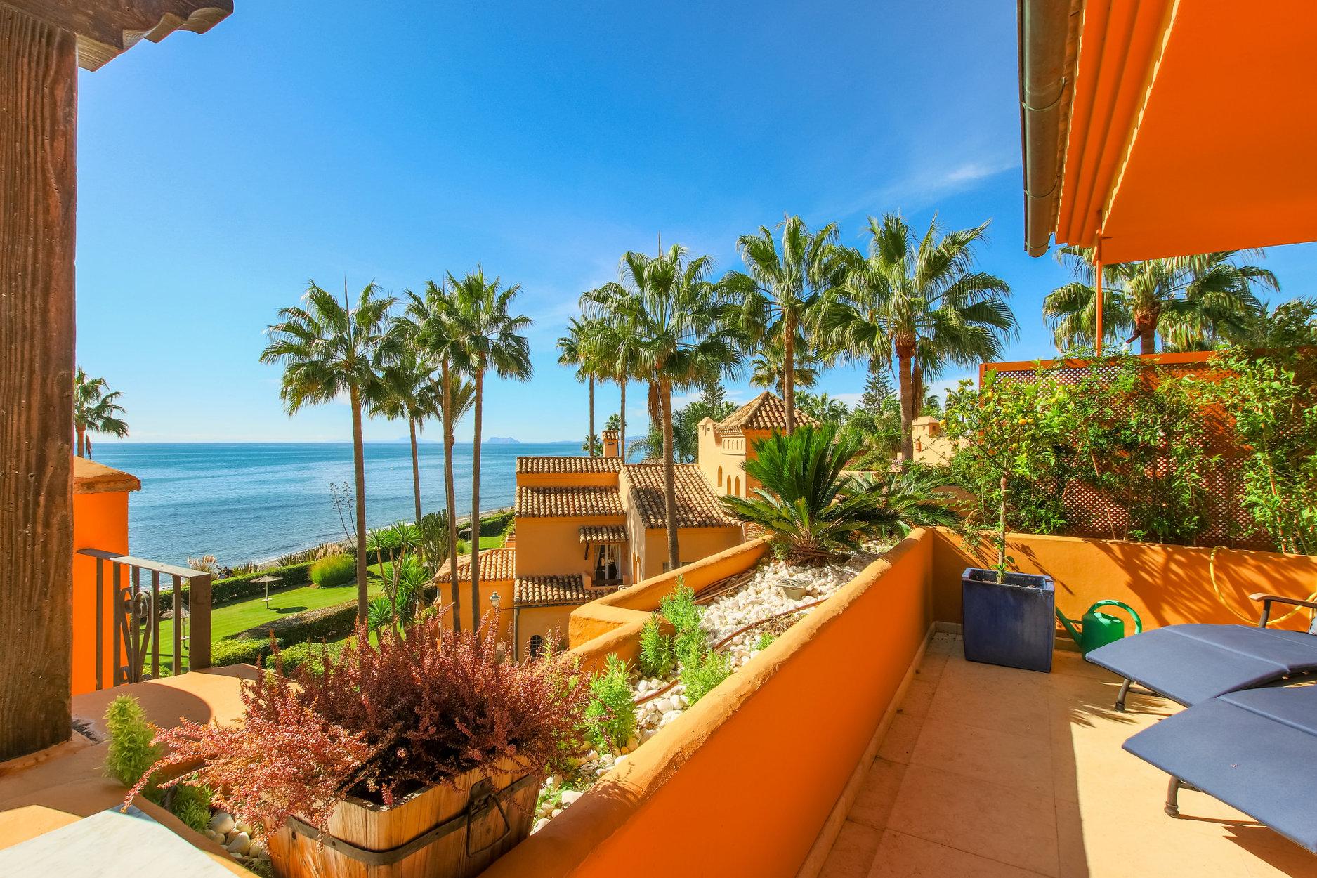 Apartment for sale in Estepona, Los Granados del Mar
