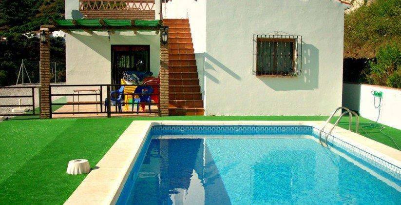 Villa for sale in Torrox